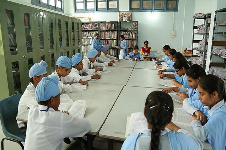 Bhai Mastan Singh Public School-Library with reading room
