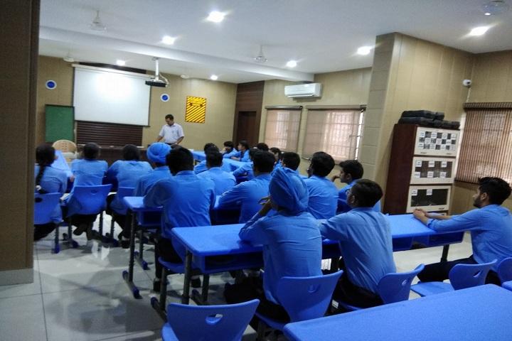 Bhartiya Vidya Mandir-Classroom