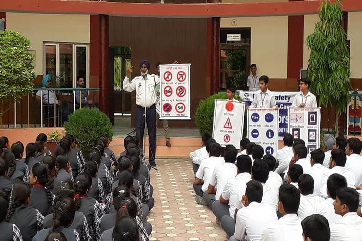 Brahmrishi Mission School-Awarness on Traffic Rules