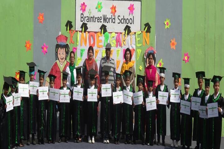 Braintree World School-Graduation Day
