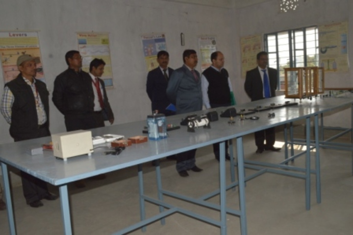 Gyandeep High School-Physics Lab