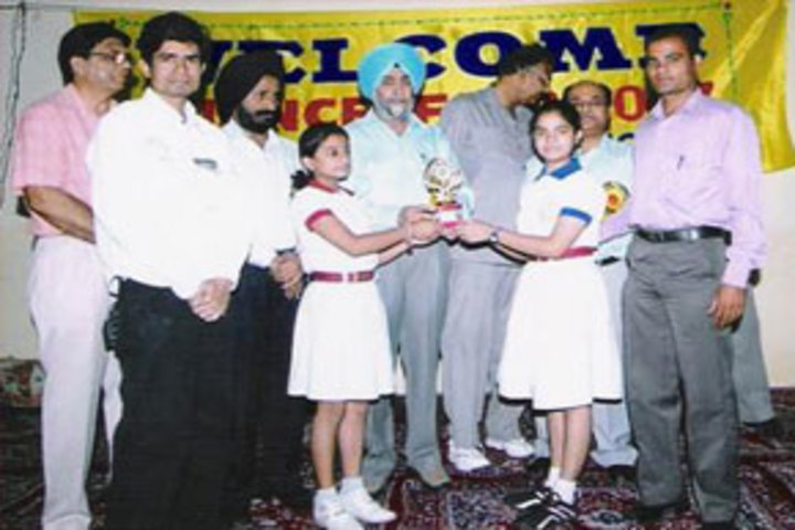 Buds Senior School-Felicitation