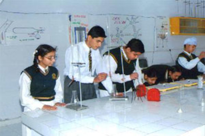 Buds Senior School-Lab
