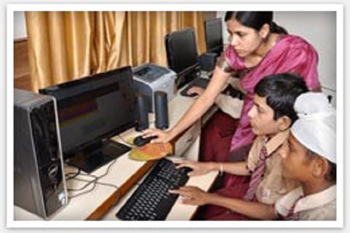 C.M. Public School-Computer Lab
