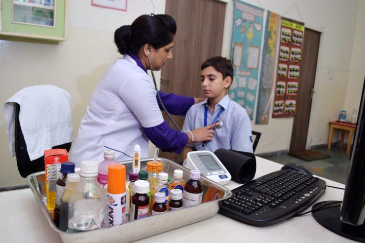 Cambridge International School-Health Checkup