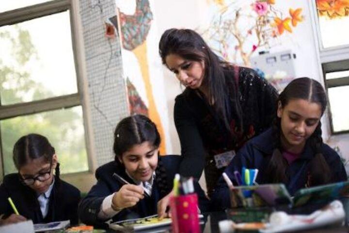 Cambridge International School-Art and Craft