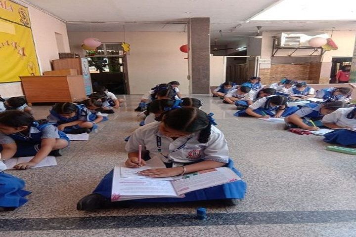 Career Academy School-English Calligraphy Competition