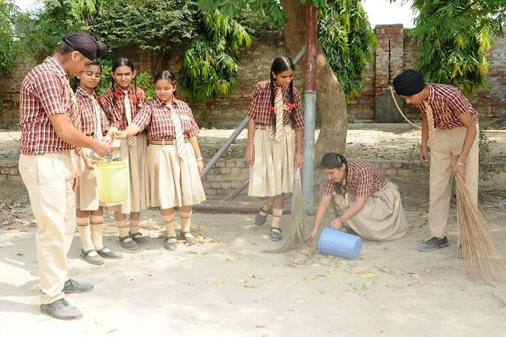 Chanakya School-Cleaness Drive