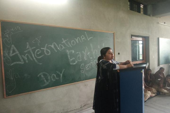 Chanakya School-Seminar