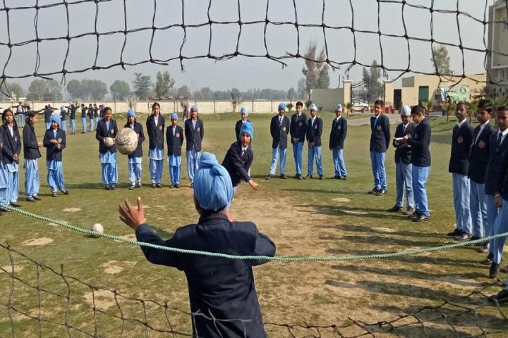 CMS Guru Kashi Public School-Football Training