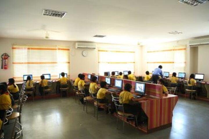 Akshara Vidyalaya-Computer Lab