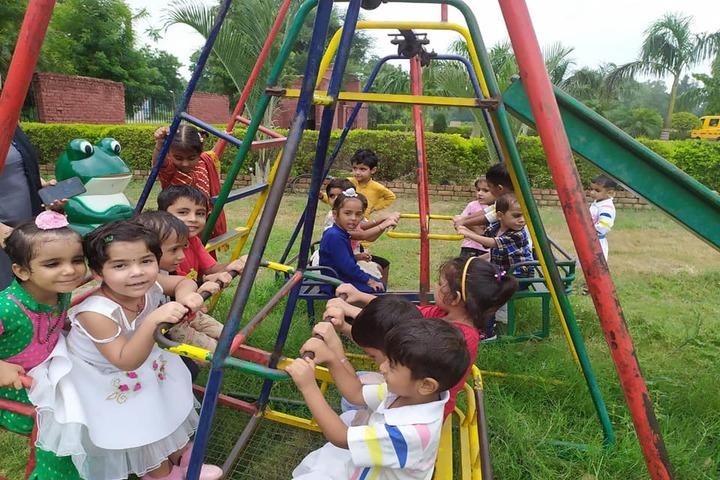 Comfy International Convent School-Play Area