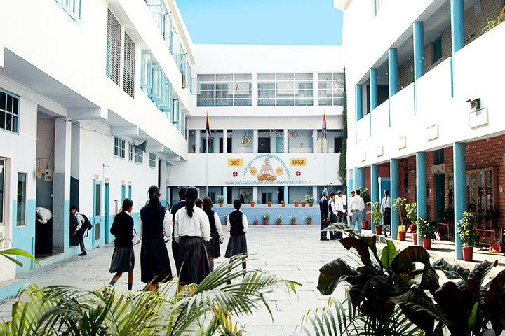 DAV Centenary Senior Secondary Public School-School Building
