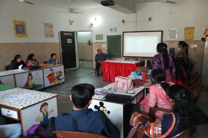 D A V Edward Ganj Senior Secondary Public School-Digital Classroom