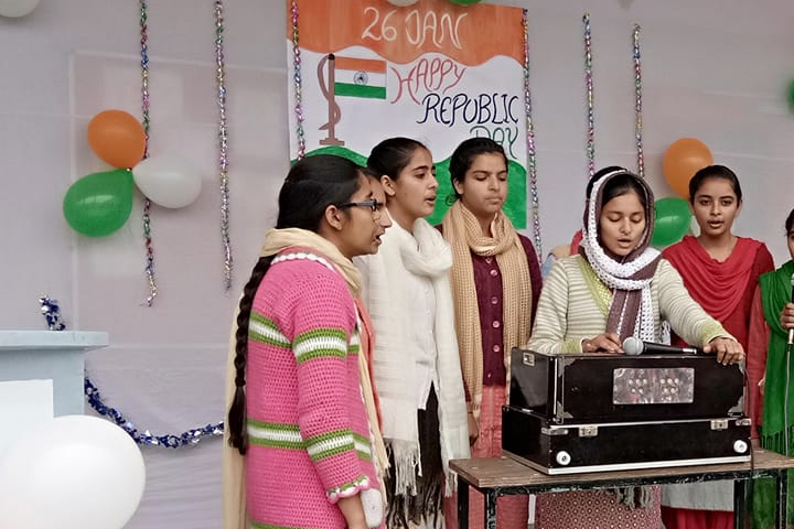 Singing Activity on Independence Day