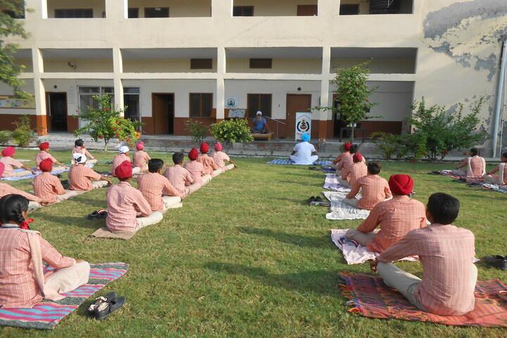 D V M Public School-Yoga