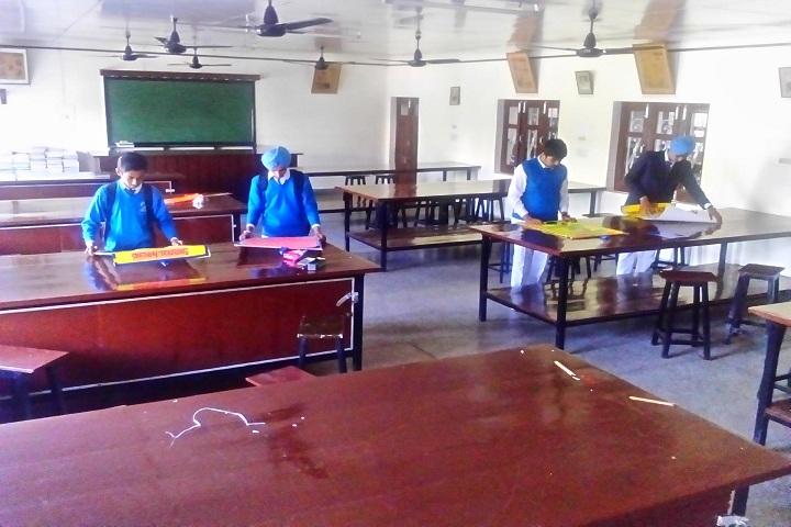 Dasmesh Public School-Physics Lab