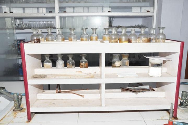 Dasmesh Public Senior Secondary School-Laboratory