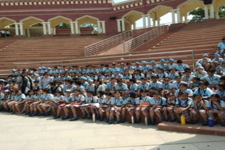 Dass And Brown World School-Education Tour
