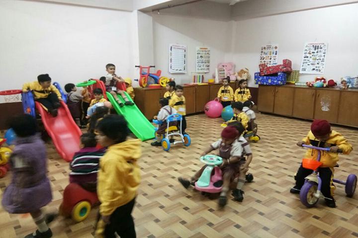 Dav Public Senior Secondary School- Activity Room