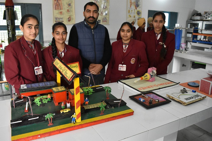 Dav Public School-Science Exhibition