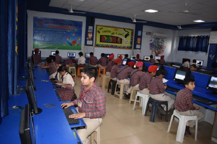 DAV Public School-IT Lab