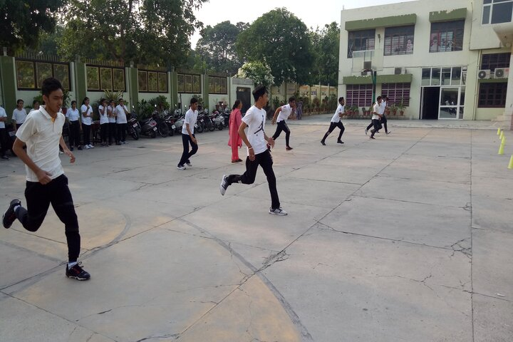 Dayanand Model School-Games