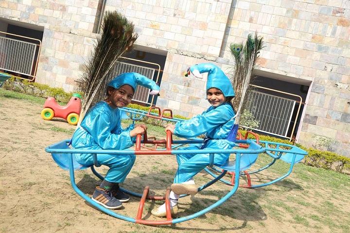 Dayanand Model Senior Secondary School-Playground