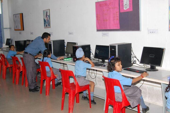 Dayanand Public School-Computer Lab