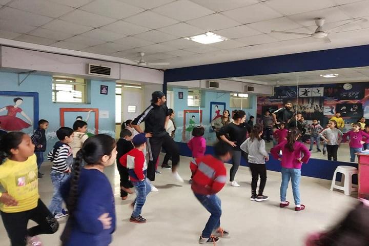 DCM Presidency School-Dance