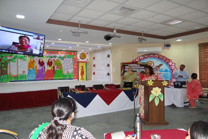 DRV DAV Centenary Public School- Seminar