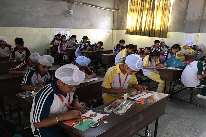 DIPS School-Rakhi Making Activity