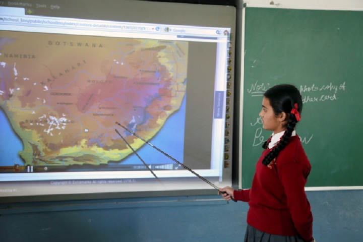 Doaba Public School- Smart Classroom