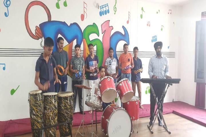 Dr Saif-Ud-Din Kitchlu Memorial Public School-Music room