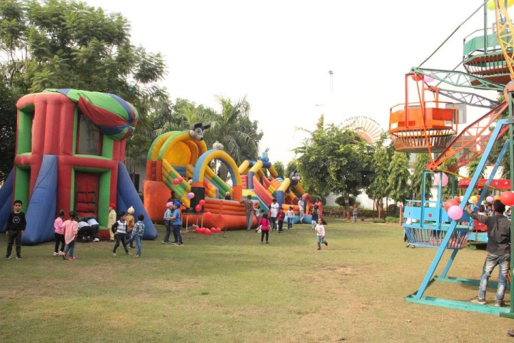 Dr RC Jain Innovative Senior Secondary Public School- Fun Fest