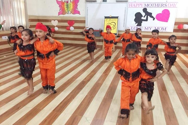 G D Goenka Public School-Mothers Day Celebration