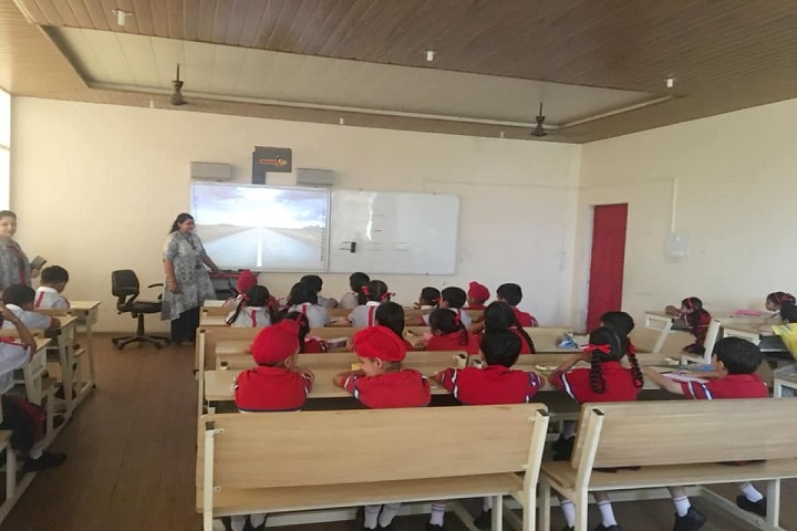 G D Goenka Public School-Smart Classrooms