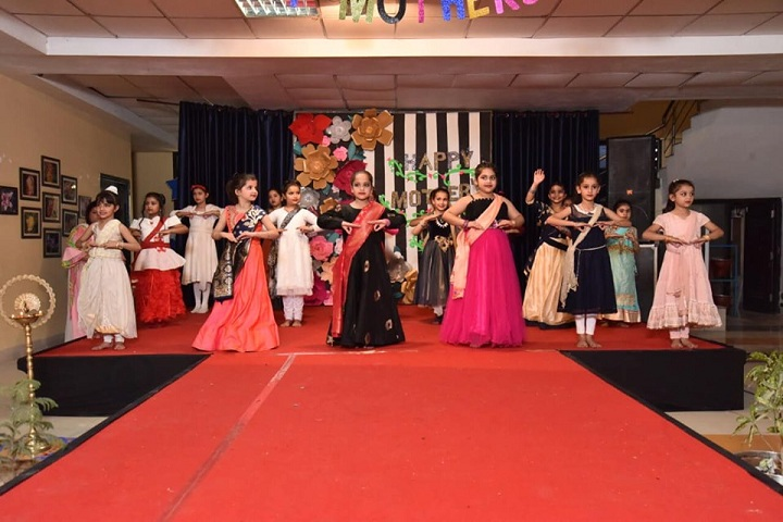 G D Goenka Public School-Mothers Day Celebrations
