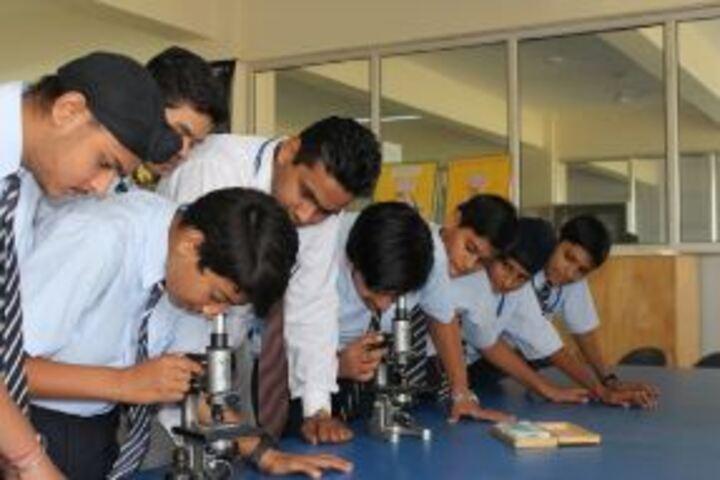 Gems Cambridge International School-Science Lab
