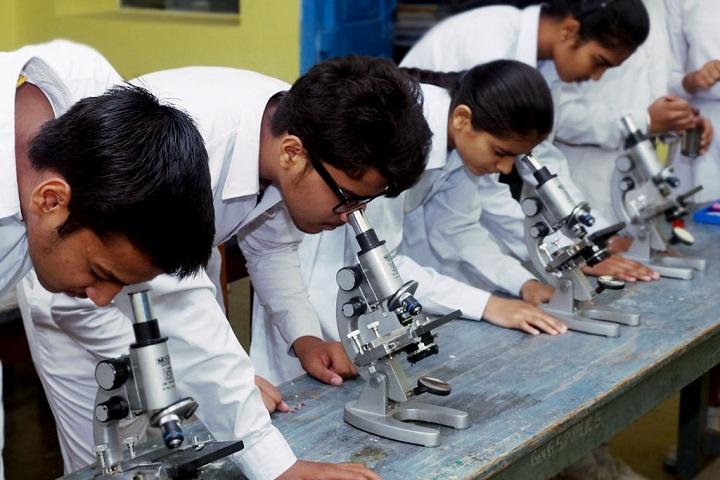 Gen Gurnam Singh Public School-Lab