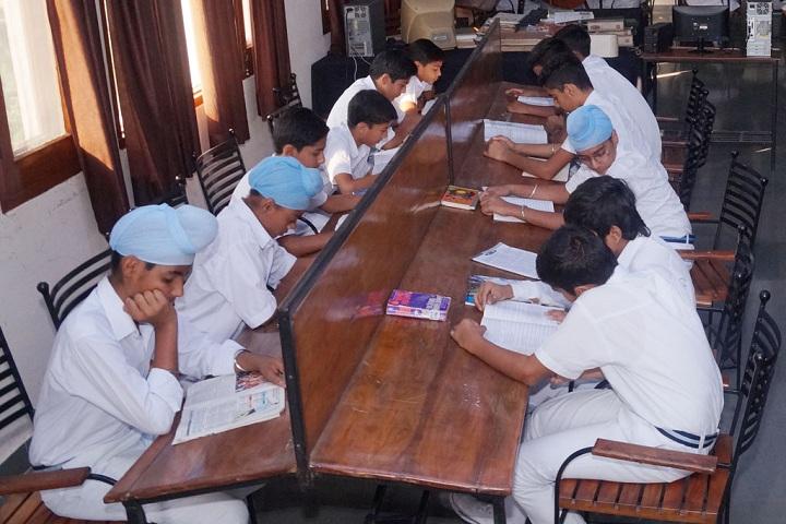 Gen Gurnam Singh Public School-Library