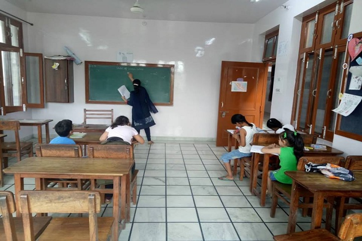 Gita Bhawan Public School-Classroom