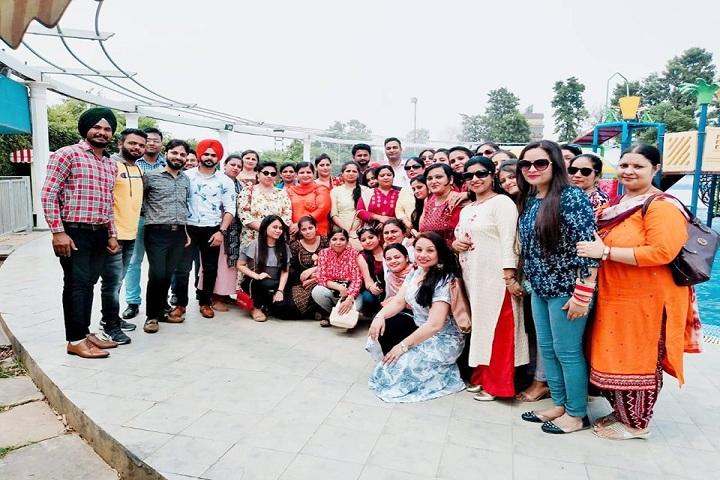 Gmt International Public School-Group Photo