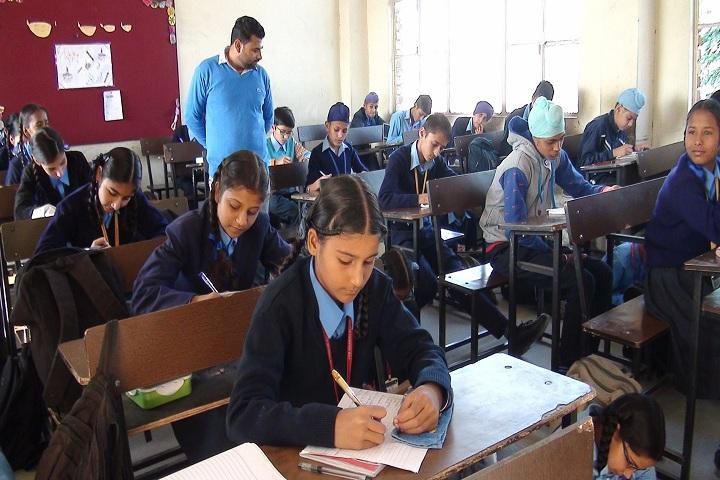 Government FCS Adarsh Senior Secondary School-Classroom