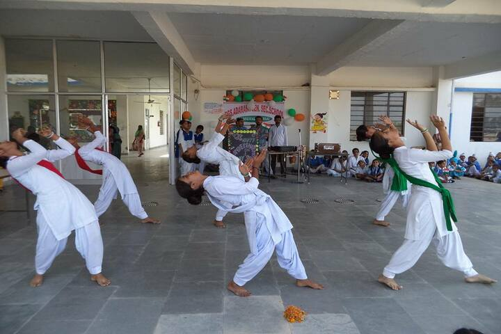 Government G G S Adarsh Secondary School-Dance Performance
