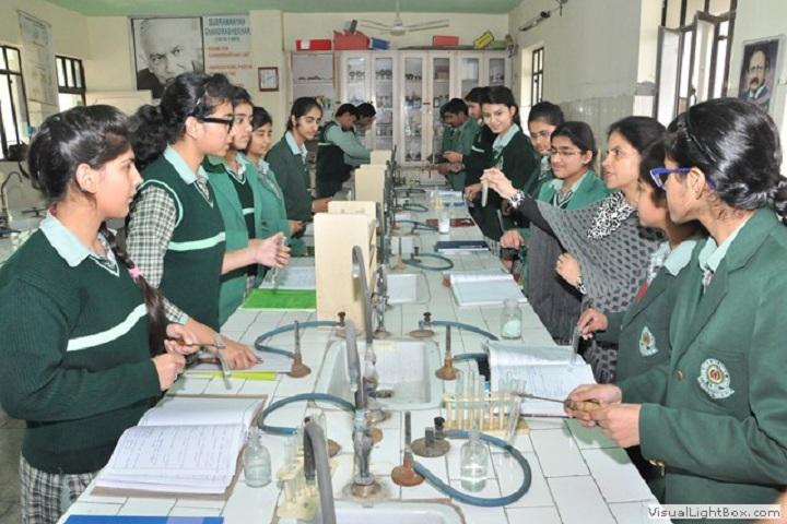 Green Land Senior Secondary Public School-Chemistry Lab