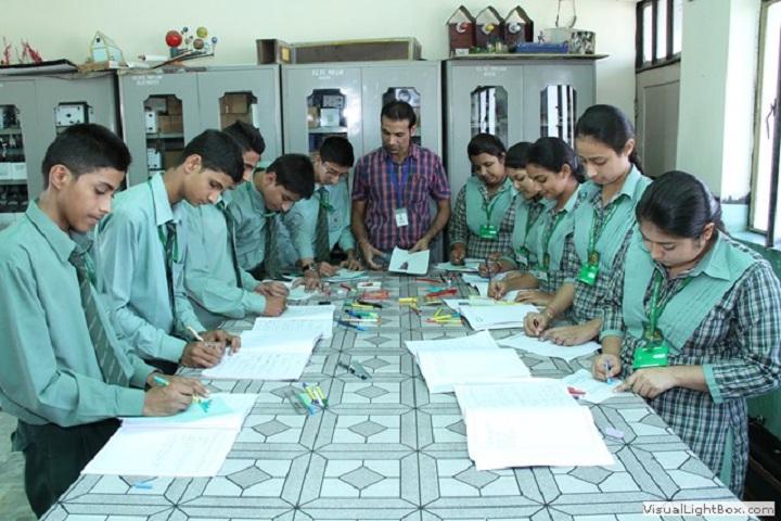 Green Land Senior Secondary Public School-Drawing Class