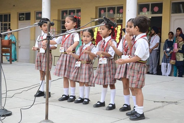 Gujrawala Guru Nanak Public School-Speech Activity