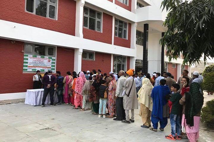 Gurdaspur Public School-Medical Camp