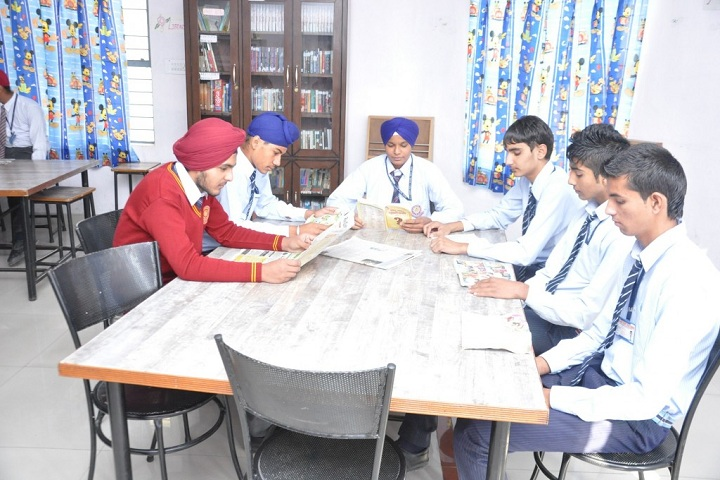 Gurpreet Holy Heart Senior Secondary Public School-Library
